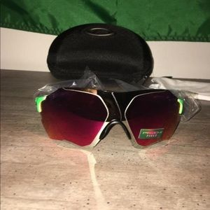 SOLD Oakley Evzero range sunglasses